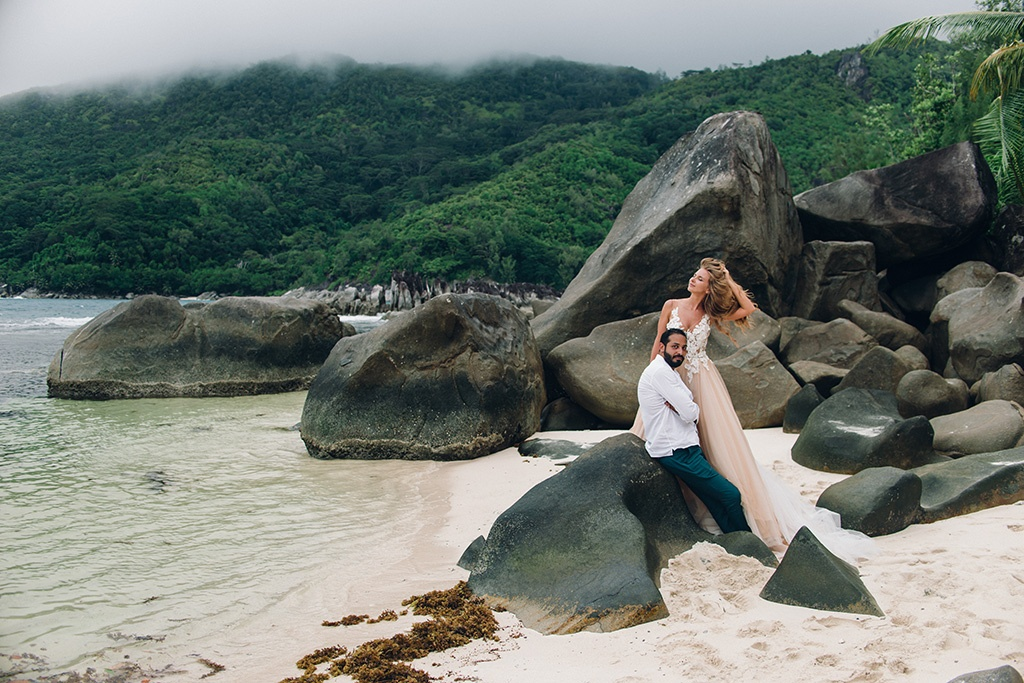 Wedding photoshoot in Seychelles