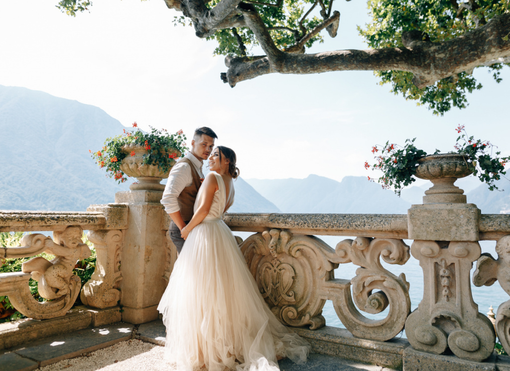 Wedding photoshoot in Italy