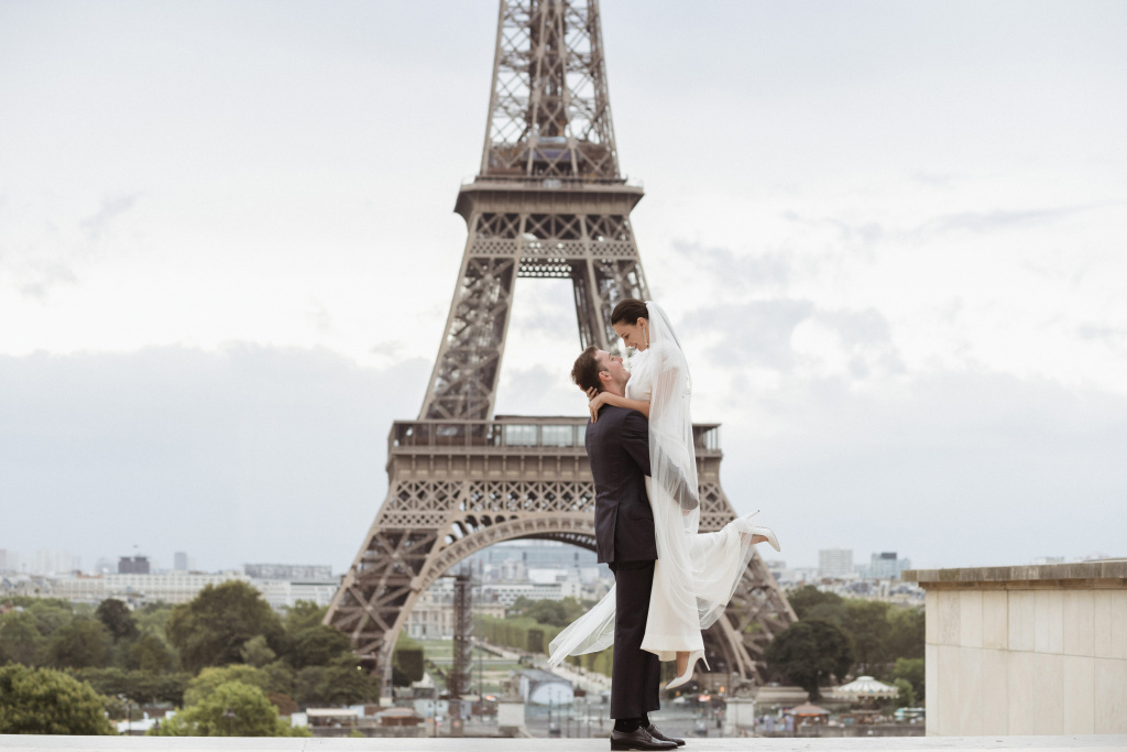 Trocadero elopement session, France, Anastasia Abramova-Guendel photographer, #23508