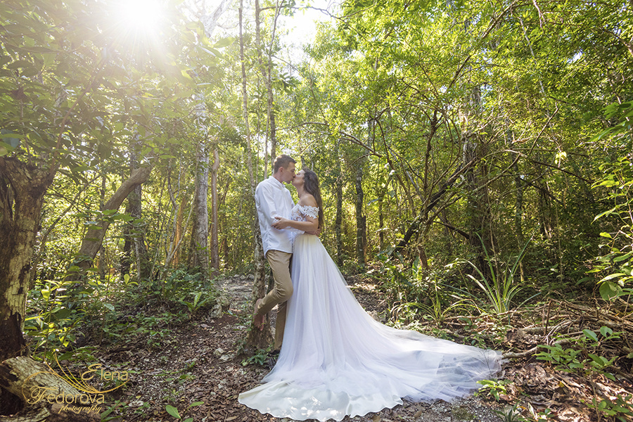 Honeymoon photoshoot in a cenote in Tulum Mexico, Cancun , Elena Fedorova photographer, #24190