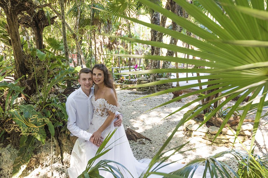 Honeymoon photoshoot in a cenote in Tulum Mexico, Cancun , Elena Fedorova photographer, #24194