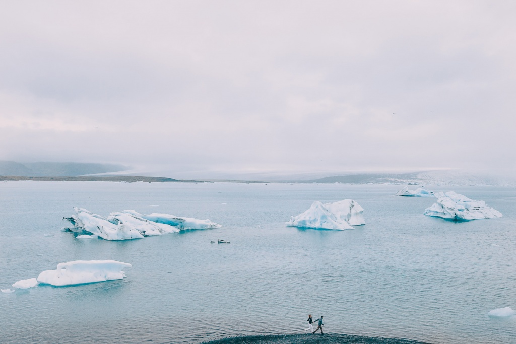 Adventure elopement in Iceland, Ice Lagoon  Jökulsárlón