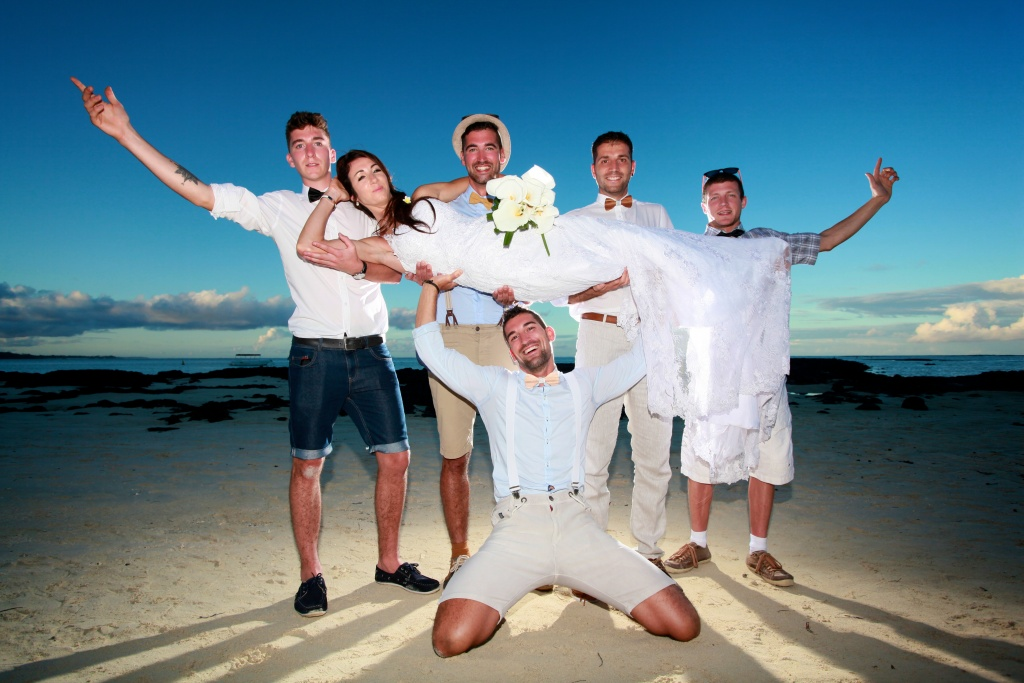 super ambiance ! beach wedding Mauritius