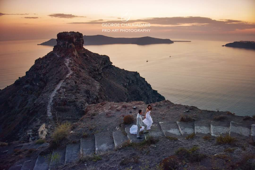 Santorini Pre Wedding Photoshoot