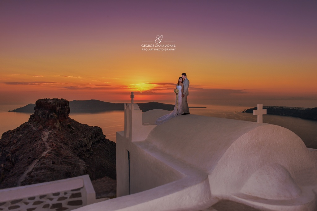 Santorini Sunset Wedding Photoshoot
