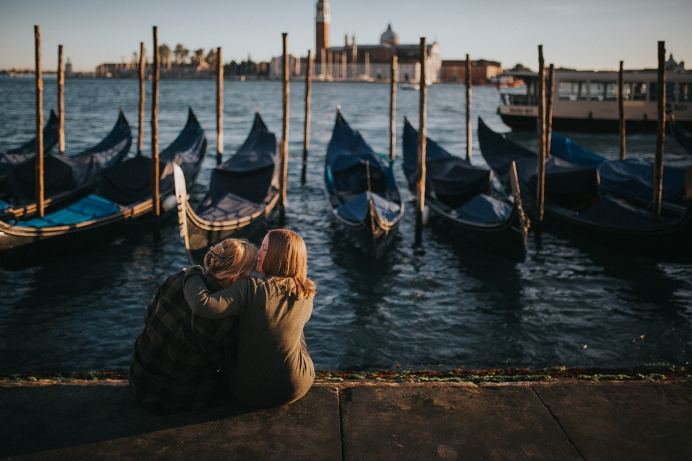 Same-sex proposal session in Venice by Luka Mario, Venice photographer