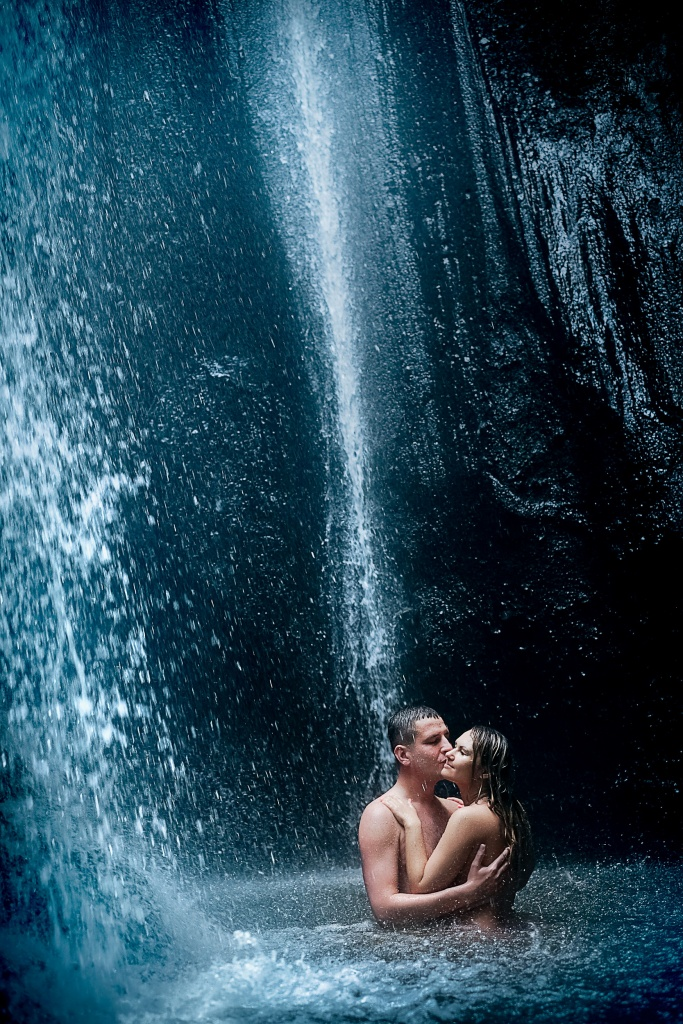 Bali waterfall photo shoot