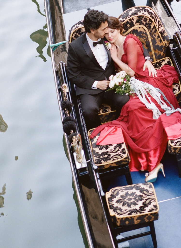 Nothing more romantic than a gondola ride with your love.