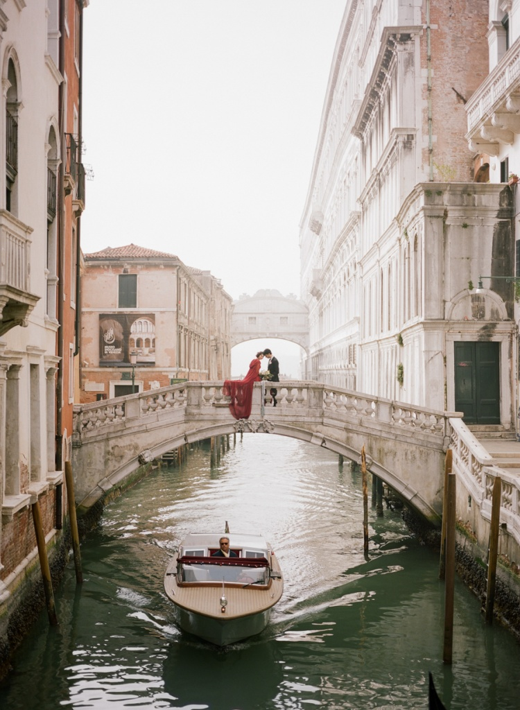 Venice elopement on the canal.