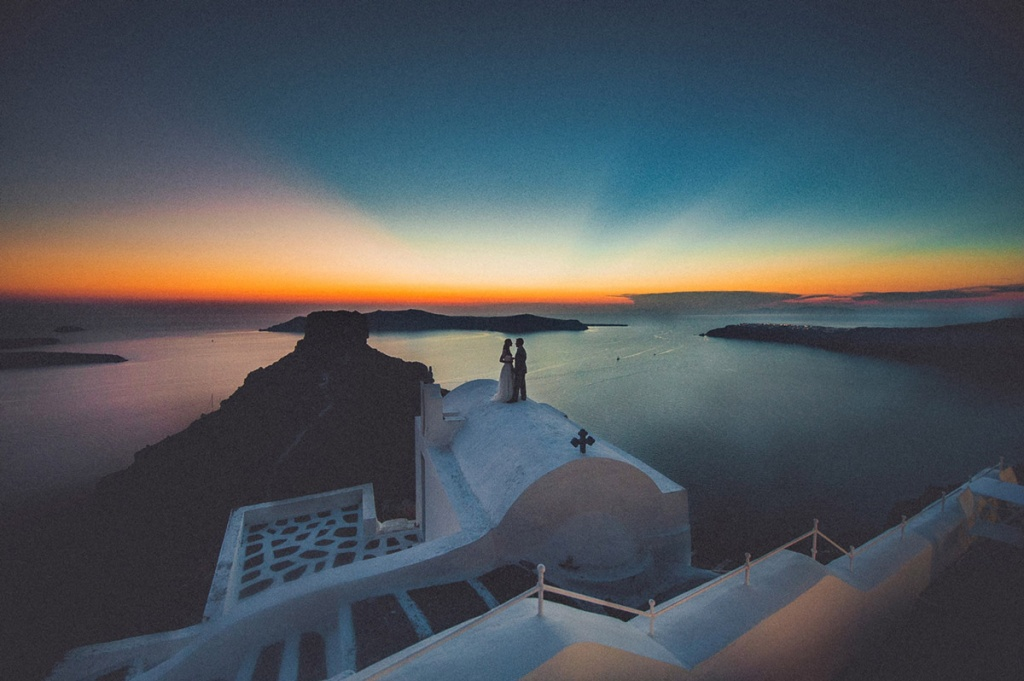 livio-lacurre-epic-santorini-wedding-photographer