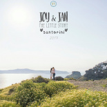 Joy & Jan | Santorini Vacation Photoshoot
