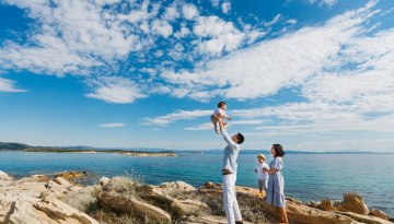 Family photography in Vourvourou, Chalkidiki, Greece